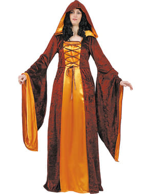 Fato de dama da corte medieval