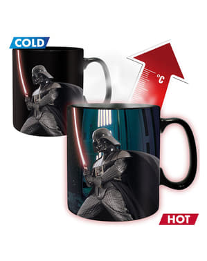 Cană mare Darth Vader cambia color