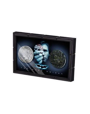 Kiste med mønter tp ansigter Harvey Dent Batman The Dark Knight