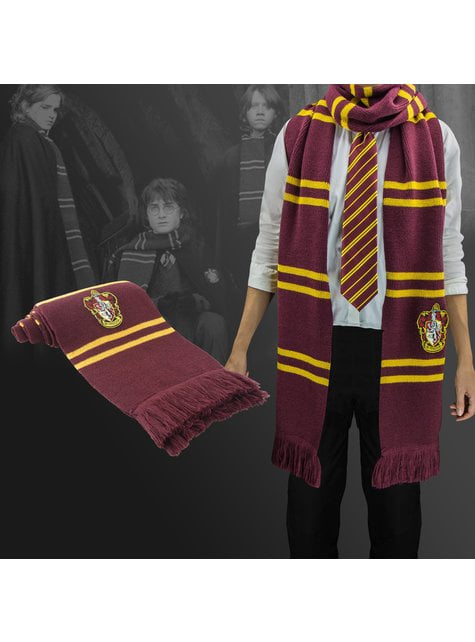 deluxe edition gryffindor scarf harry potter for true fans funidelia deluxe edition gryffindor scarf harry potter