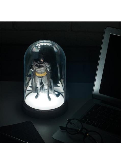 Batman figuur in verlichte vitrine 20 cm