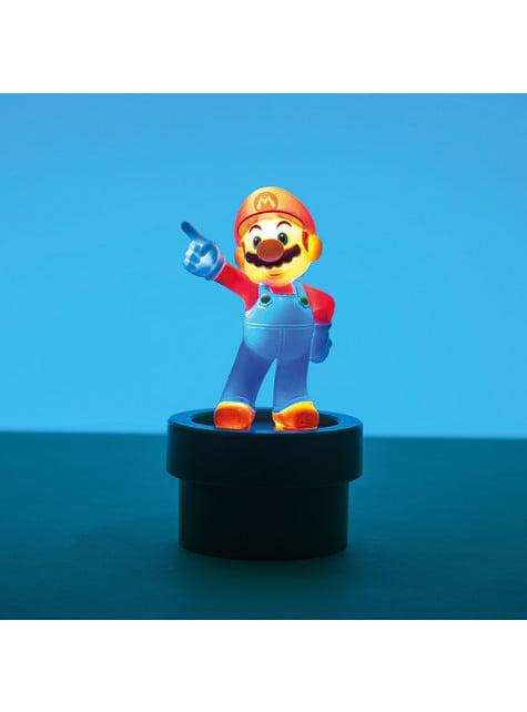 Figura 3D de Super Mario con luz