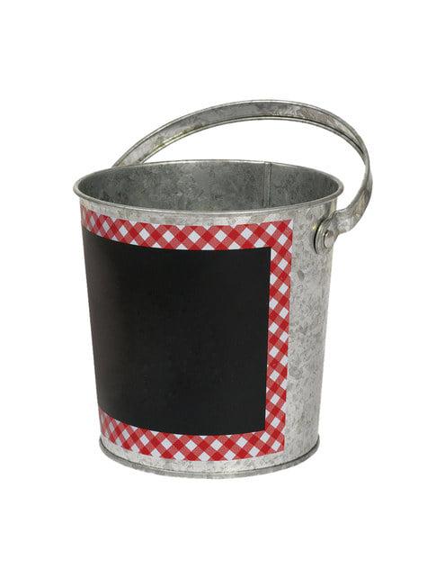 Cubo metálico con pizarra