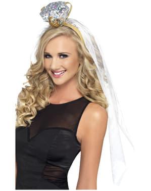 Diadema blanca con anillo de despedida de soltera
