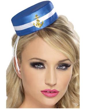 Женски моряк
