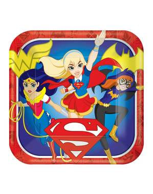 8 big DC Super Hero Girls plates (23 cm)