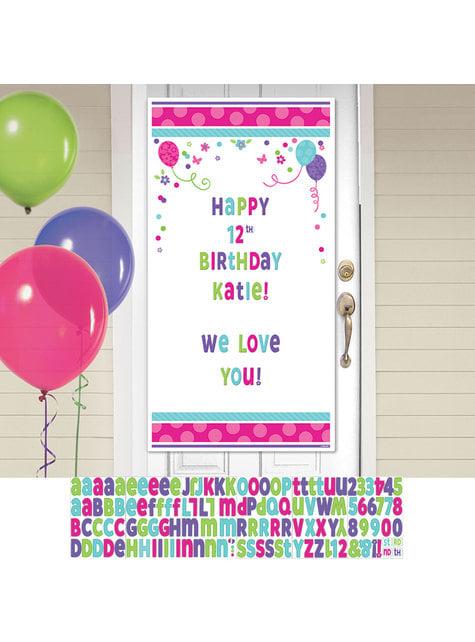 Cartel personalizable cumpleaños para puerta con globos y flores