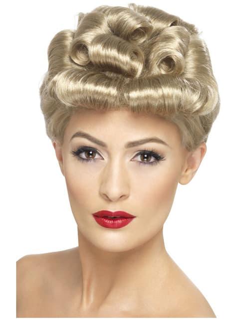Vintage plavuša iz 40-ih godina