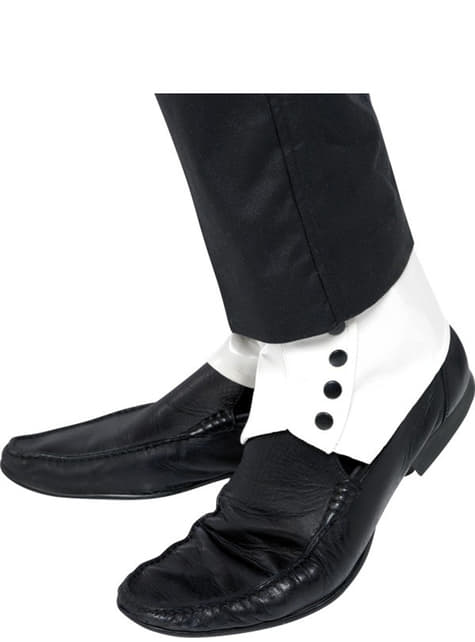 Білі гетри на туфлі