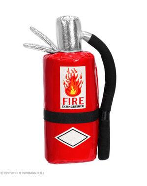 Pose i form av en brannslukker