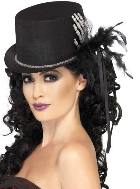 Зловеща и елегантна шапка