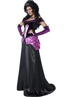 Темний костюм графині