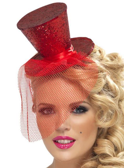 Crvenkasto crven klobuk