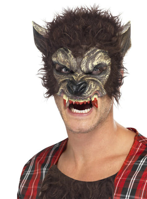 Media máscara de hombre lobo con colmillos ensangrentados