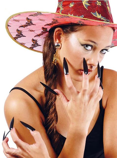 Uñas negras de bruja
