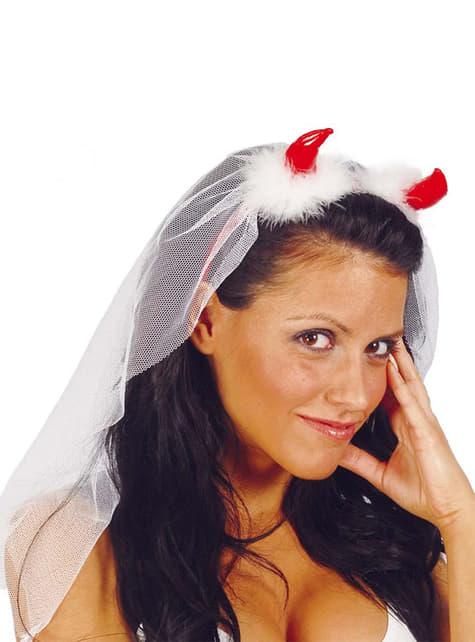Diadema diablesa con velo de novia