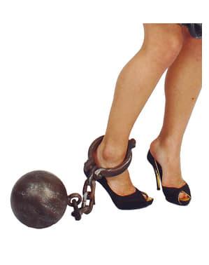 Gevangene bal met ketting