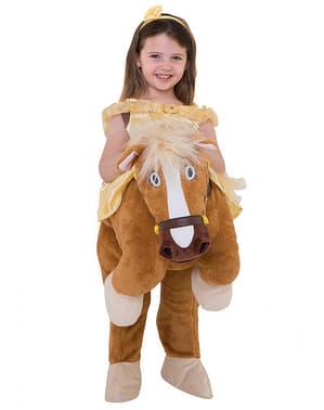 Disfraz a hombros de Bella sobre el caballo Phillipe - La Bella y la Bestia
