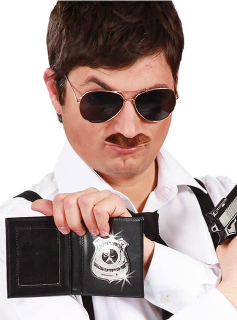 Cartera con placa de policía