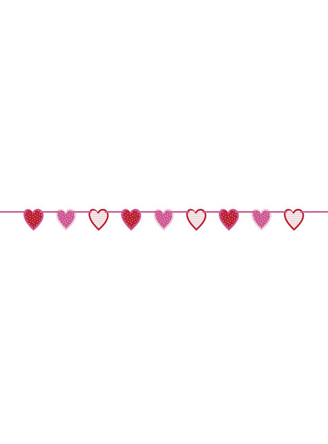 Garland with stripy and spotty hearts