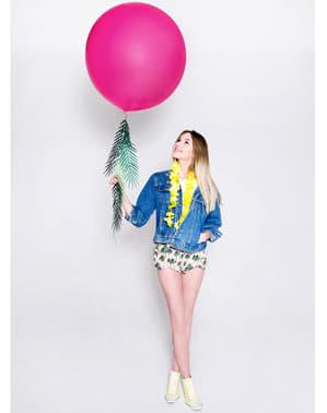 Гигантски розов балон