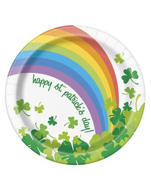 Sett med 8 Happy St Patrick's Day regnbue desserttallerkener