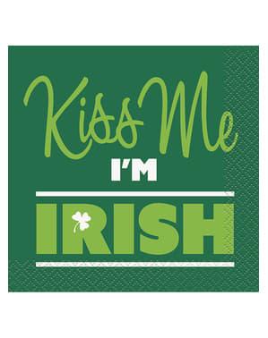 16 Serviettes en papier apéritifs Kiss me I'm Irish