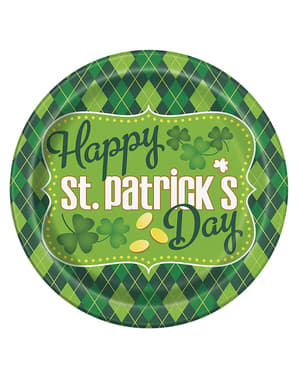 8 checkered green Happy St Patrick's Day plates (23 cm)