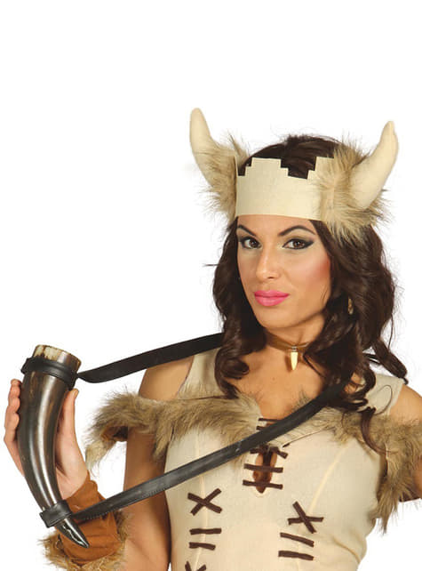 Vikingský kalich z rohu