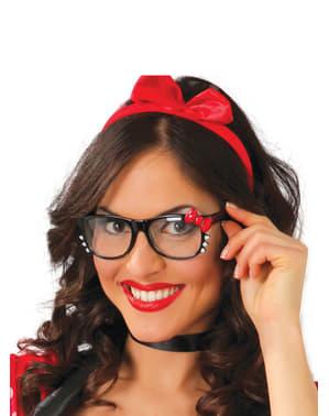 Briller med rød sløjfe