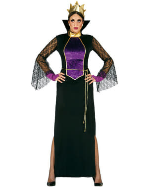 Жената-зъл кралица в огледалната носия