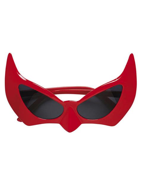 Óculos de diabo vermelhos