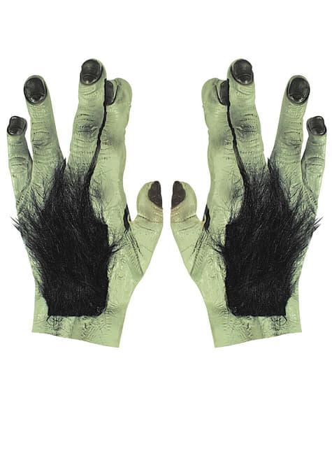 Szőrös kezek Franky a latexből