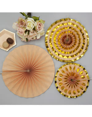 3 koristeellista paperiviuhkaa kultaisena - Perusvärilinja