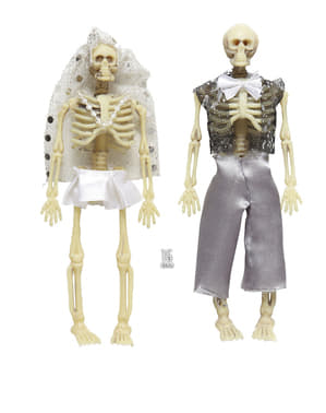 Skrækindjagende skeletpar til dekoration