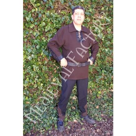 Chemise médiévale avec manches en cuir