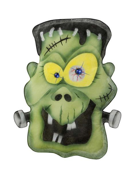 Potwór Frankenstein z kamiennymi oczami