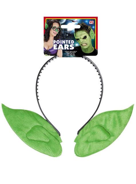 Orejas puntiagudas verdes