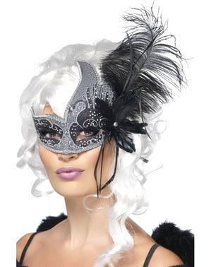 Venetian eye mask with feathers