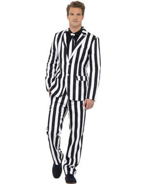 Schwarz-weiß gestreifter Anzug