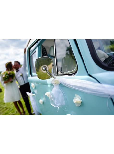 10 itsekiinnityvää, satiiniruusua tekojalokivillä hääauton koristeeksi, valkoinen