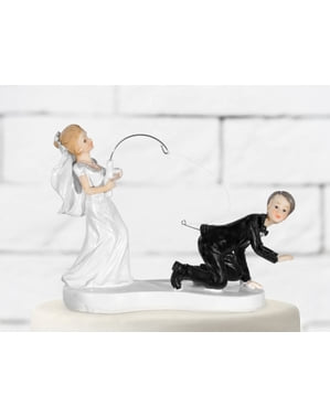 पतलून के साथ शादी के केक का आंकड़ा