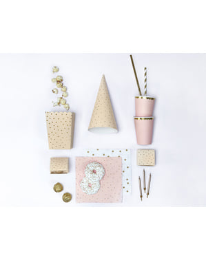 6 boxes of popcorn with golden paper polka dots in pink - Touch of Gold