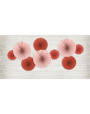 3 koristeellista paperiviuhkaa punaisena