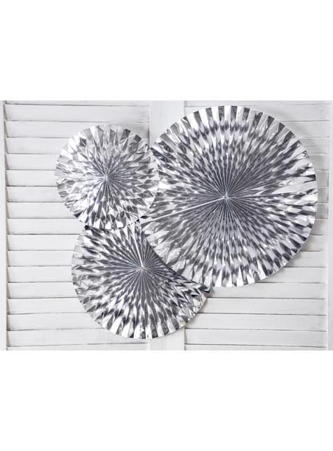 3 abanicos de papel decorativos plateados