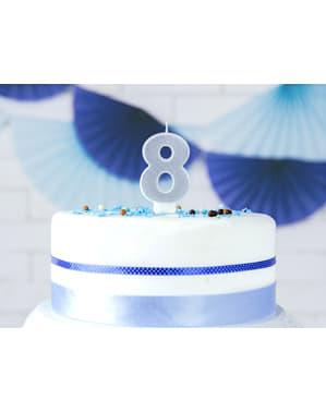 Numero 8 syntymäpäiväkynttilä hopeisena