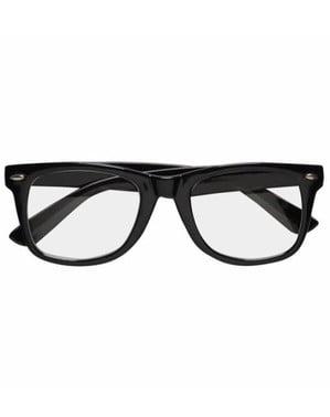 Óculos pretas de hipster