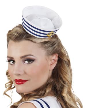 Дамска шапка от мини моряк