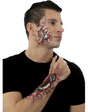 Latexové pláty rozpadající se kyborg