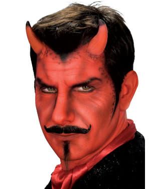 Short devil horns